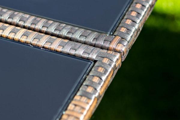 Обеденный стол из искусственного ротанга «Mykonos».