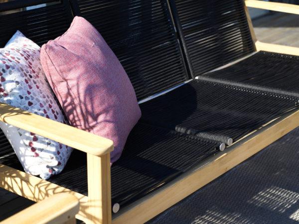 Трехместная софа из тика Agios. Артикул: 1713-8. Brafab, Швеция