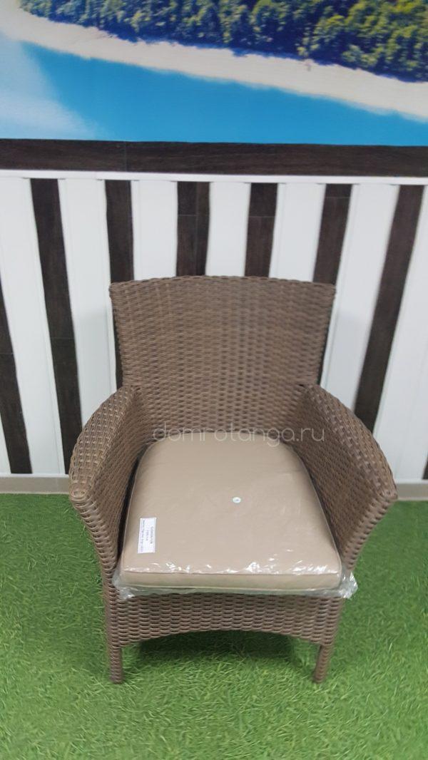 Плетеное кресло из ротанга «Nina» Royal beige. SunLineDesign