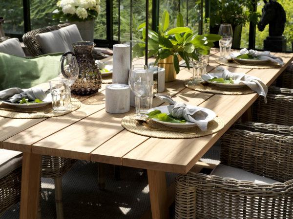 Обеденный стол из тика Laurion. Brafab, Швеция. Артикул: 20467