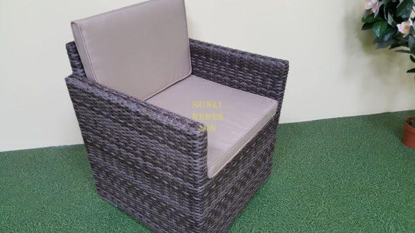 Фото-Плетеное кресло из искусственного ротанга Infinity brown grey