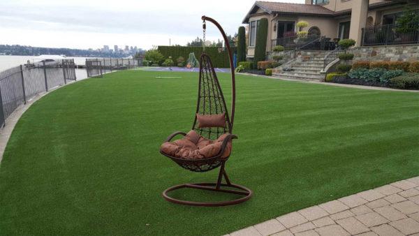 Подвесное плетеное кресло ROCCO BROWN