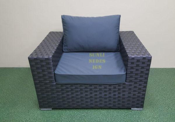 Cinzano black Кресло из искусственного ротанга
