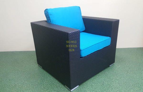 Mega black кресло из искусственного ротанга